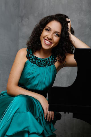 Picture of Beatrice Rana at the piano
